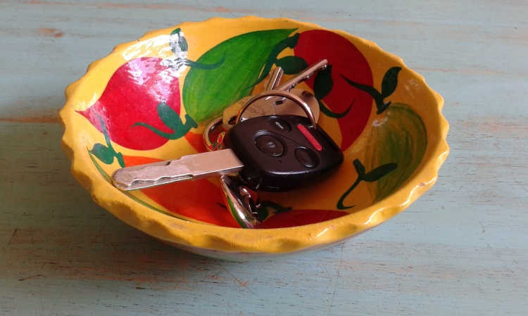 set of keys in a pretty bowl